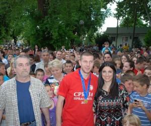 Kačarevci priredili veličanstven doček Antonovu