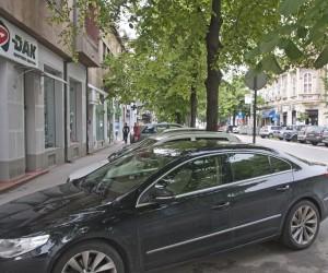 Policija rasvetlila oštećenja sedamnaest automobila
