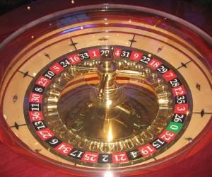 Policija i poreski inspektori sprečili divlje kockanje